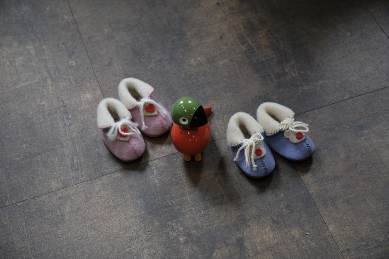 Les bienfaits des pantoufles pour nouveau-né en laine
